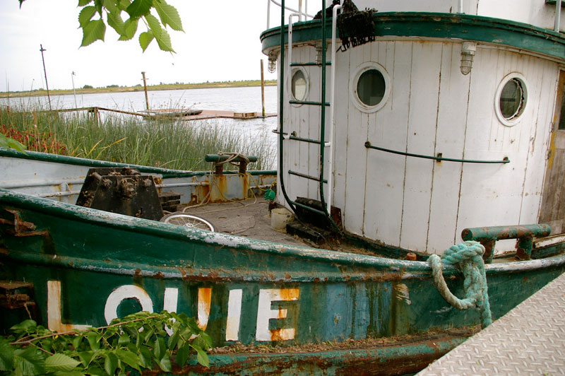 louie-smiling-boat
