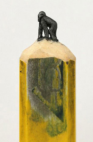 Astonishing Tiny Sculptures Carved On The Tips Of Pencils - 8 astonishing tiny sculptures carved on the tips of pencils