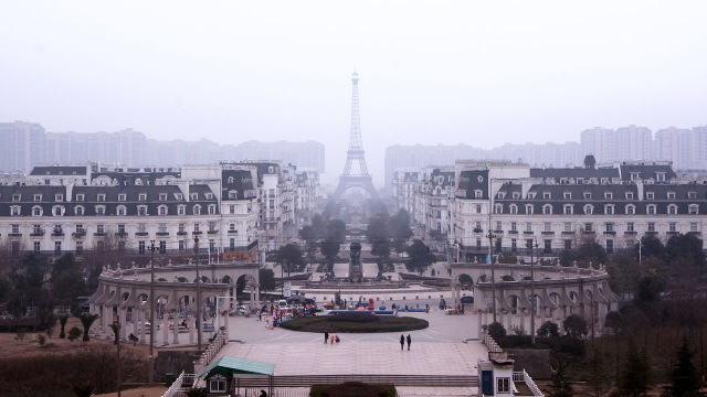 Tianducheng A Ghostly Abandoned Clone Of Paris Right In The Middle Of China