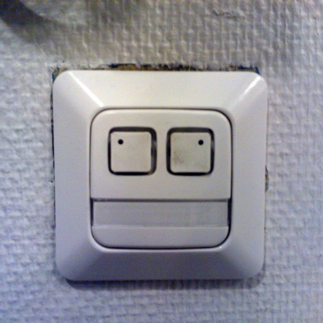 twitter-faces-objects-10