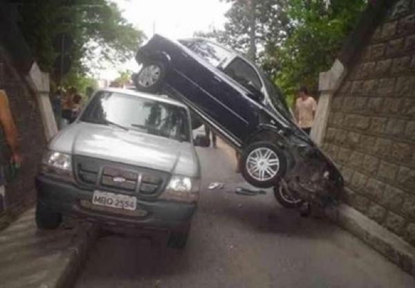 unexplainable-driving-fails-9