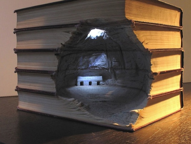 book-landscape-carvings-18