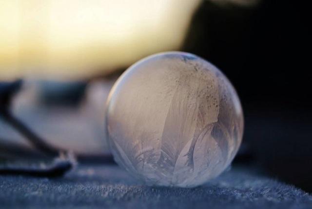 frozen-soap-bubbles-11