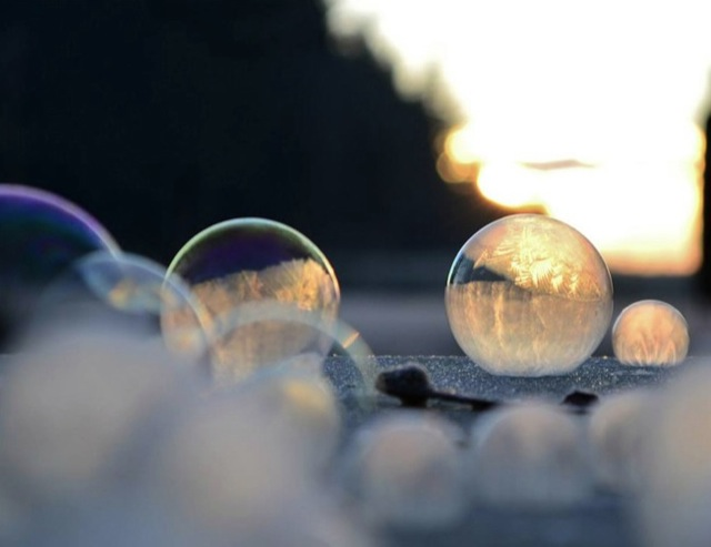 frozen-soap-bubbles-13