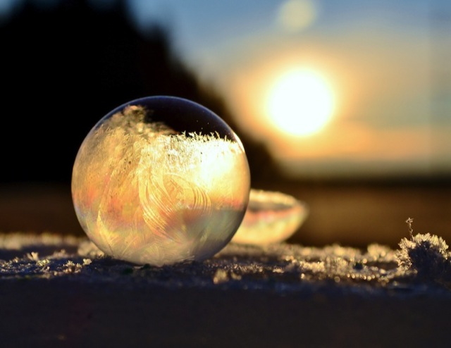 frozen-soap-bubbles-7