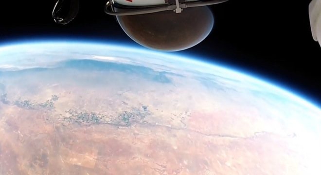 gopro-space-jump-footage-4