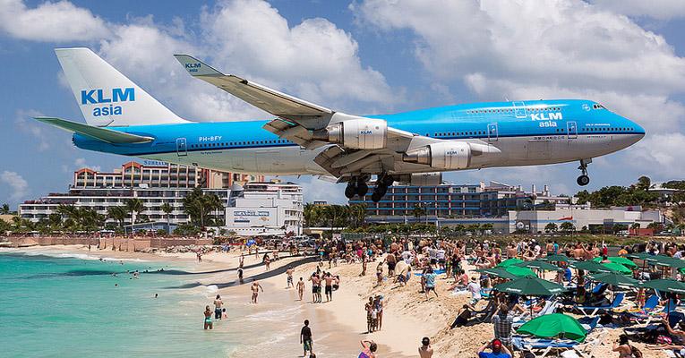 airplanes-landing-saint-martin-ft