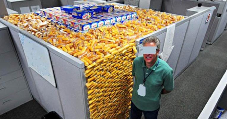 meanest-pranks-office-ft