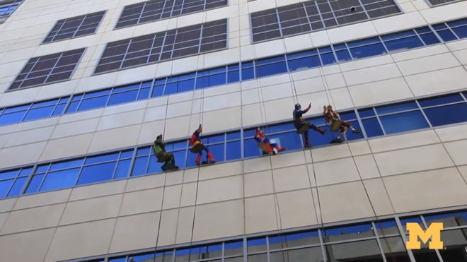 super-heroes-children-hospital-5