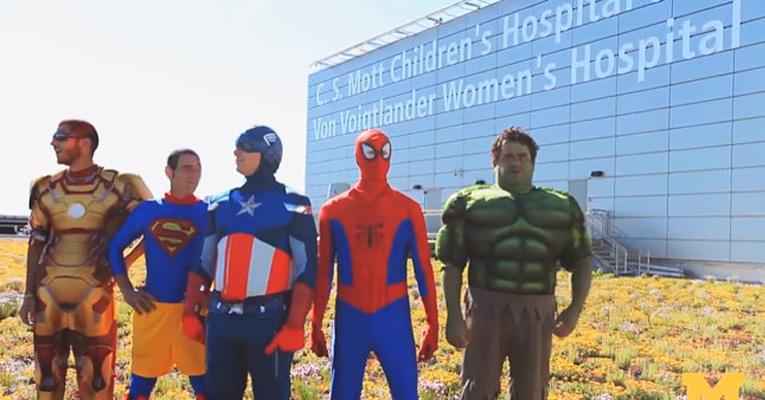super-heroes-children-hospital-ft