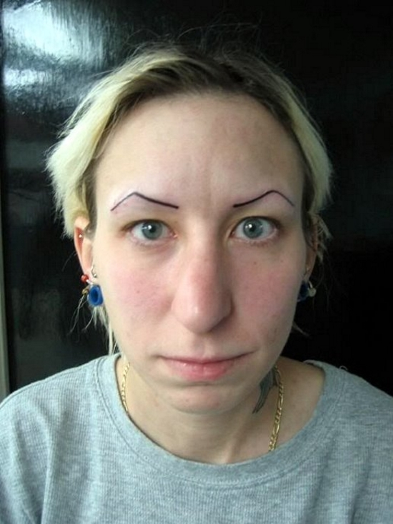 The 24 funniest tattoo fails you ve ever seen 9 made my for Tattooed eyebrows gone wrong