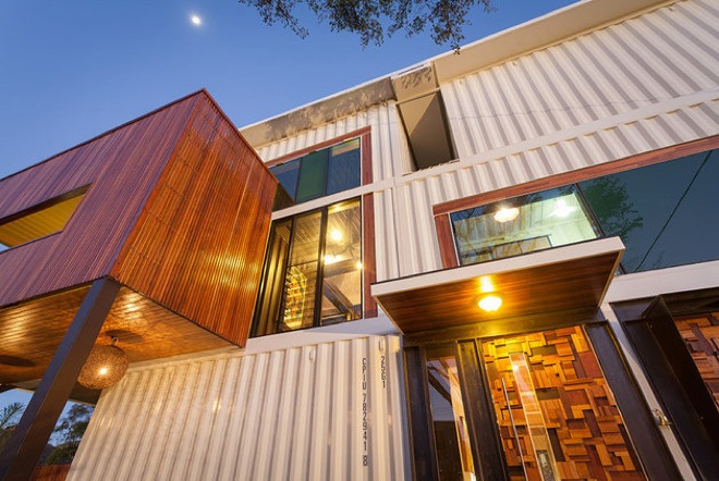 house-made-of-containers-4