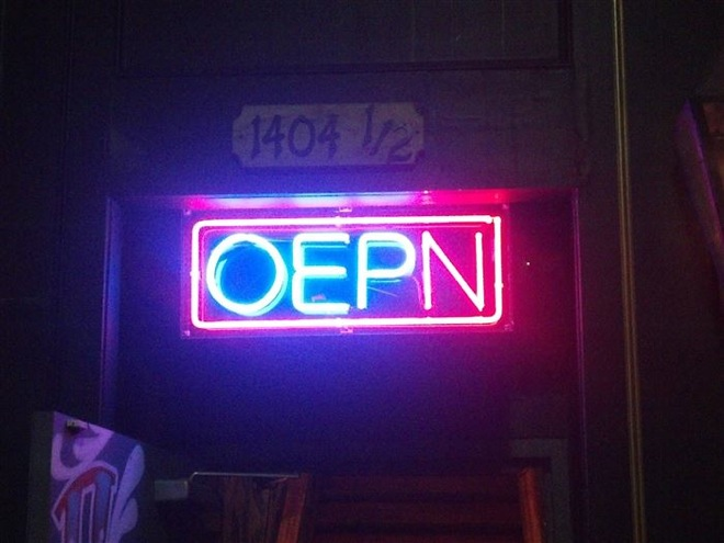 The Most Hilarious Job Fails Ever These People Totally Nailed - 30 hilarious neon sign fails ever