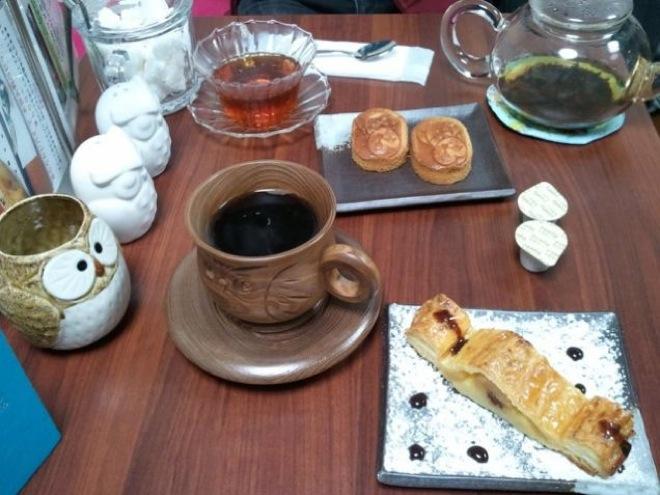 owl-cafe-japan-3