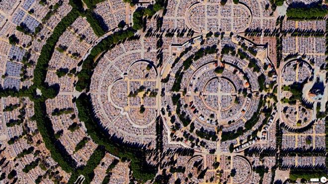 32-satellite-photos-27