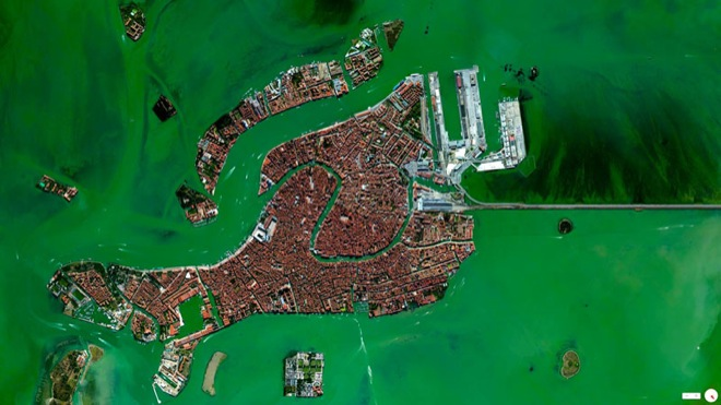 32-satellite-photos-31