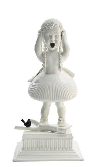 amazingly-creepy-porcelain-figurines-by-maria-rubinke-9