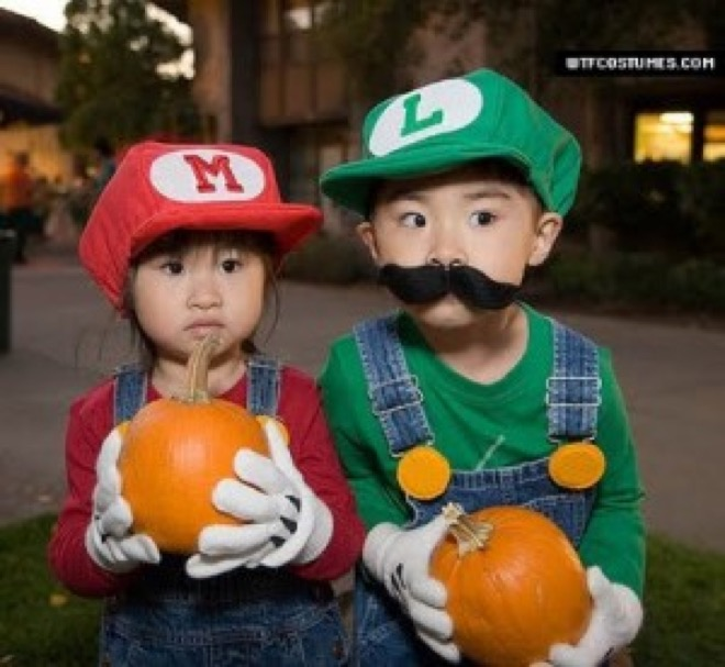 via pinterest.com  sc 1 st  Just something (creative) & 20 of the funniest costumes twin kids can wear at Halloween