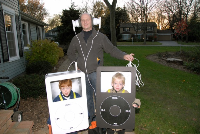 20 of the funniest costumes twin kids can wear at Halloween - Cool Simple Halloween Costumes