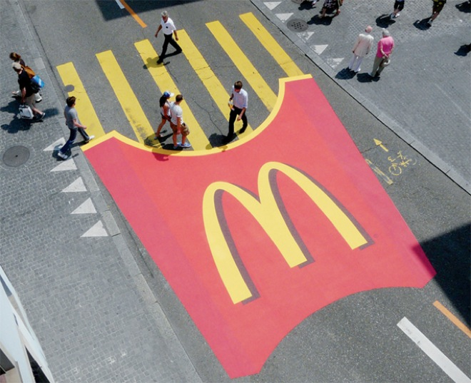 street-advertising-2