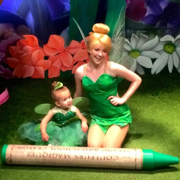 mom-creates-disney-costumes-for-daughter-11