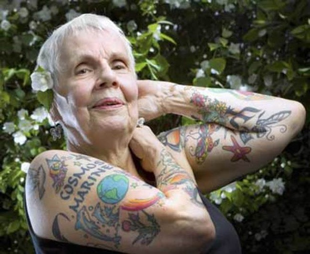 14-seniors-finally-reveal-what-tattoos-look-like-when-youre-older-10