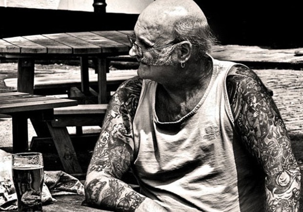 14-seniors-finally-reveal-what-tattoos-look-like-when-youre-older-11