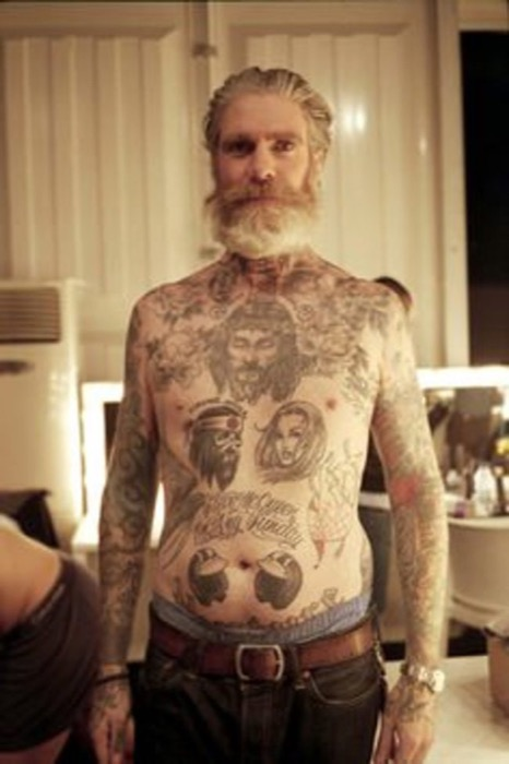 14-seniors-finally-reveal-what-tattoos-look-like-when-youre-older-3
