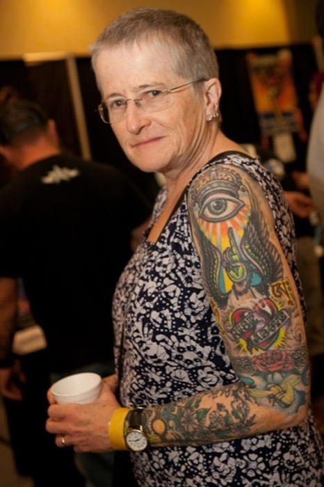 14-seniors-finally-reveal-what-tattoos-look-like-when-youre-older-4