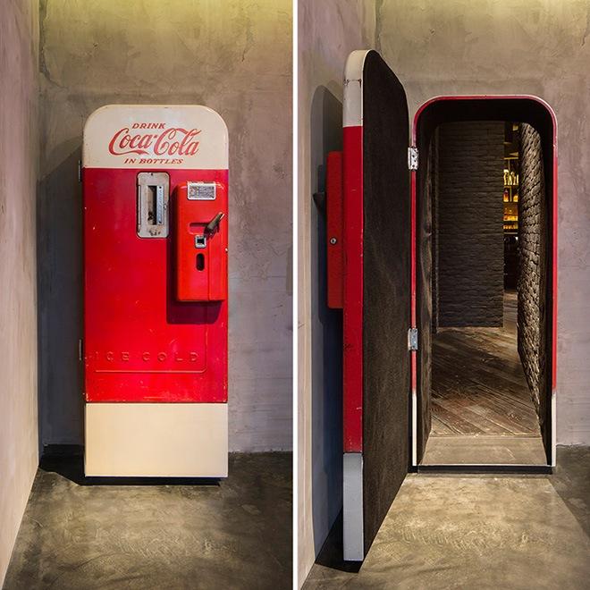 hidden-behind-coke-machine-3