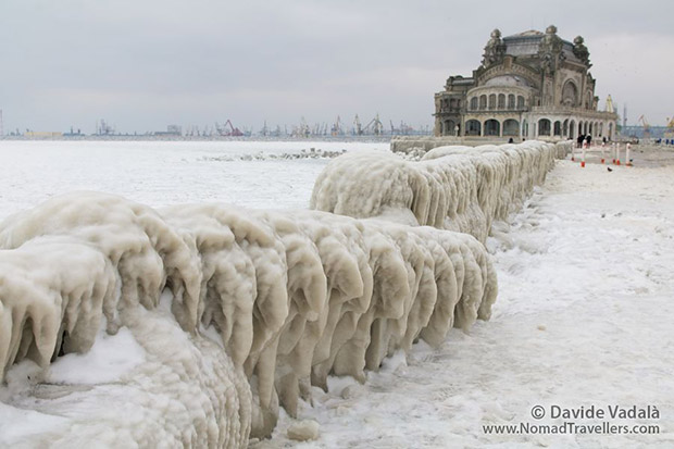 21-Romania-constanta-casino-frozen-black-sea-IMGP4774