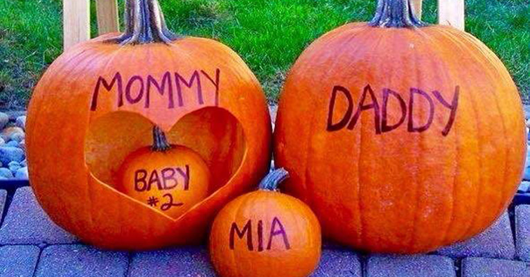halloween-pregnancy-announcements