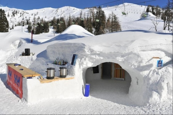 14 Genius People Making The Best Out Of This Winter Situation. #8 Made My Day!
