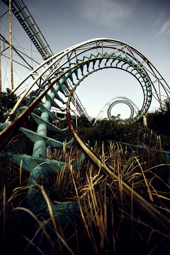 24 terrifying abandoned places