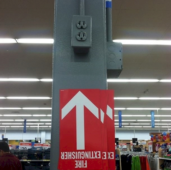 25 Walmart Employees Who Just Didn't Care . #5 Is Just Hilarious.