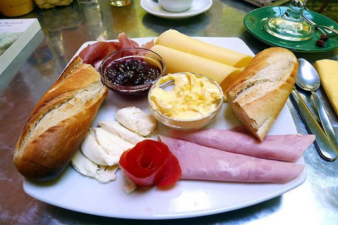Brazil: Meat, Cheese, Bread