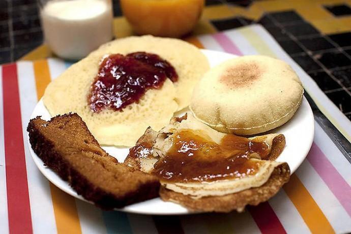 Morroco: Bread, Chutney, Jam