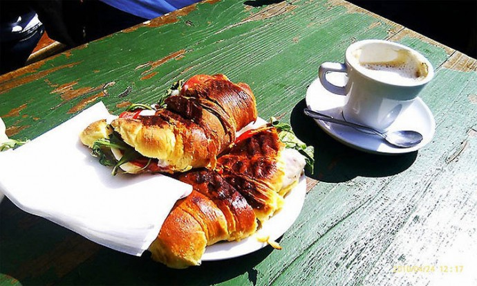 Portugal: Stuffed Croissants, Coffee