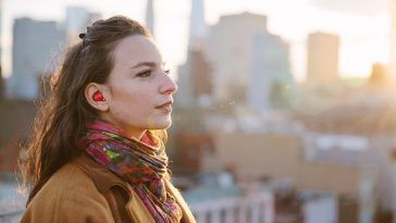 Revolutionary In-Ear Device Translates Foreign Languages In Real Time