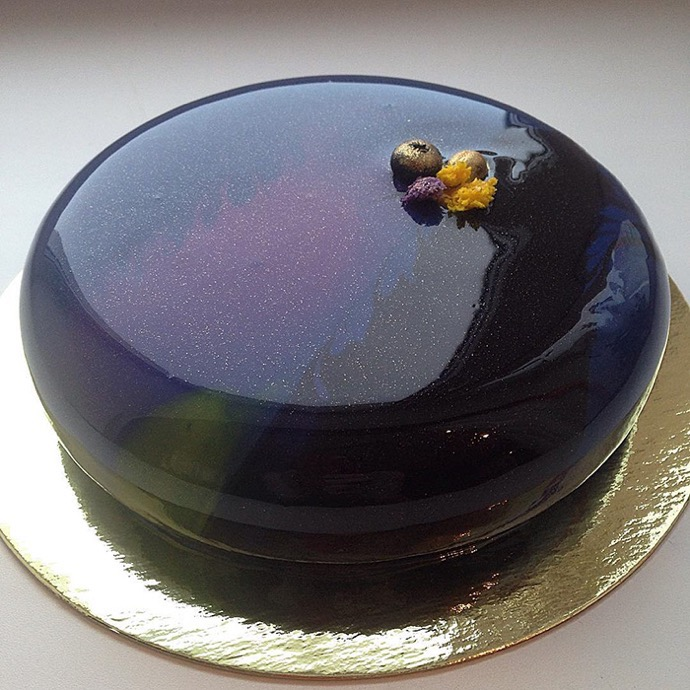 Russian Confectioner Creates Mirror Marble Cakes That Are Just Too Perfect To Be Real