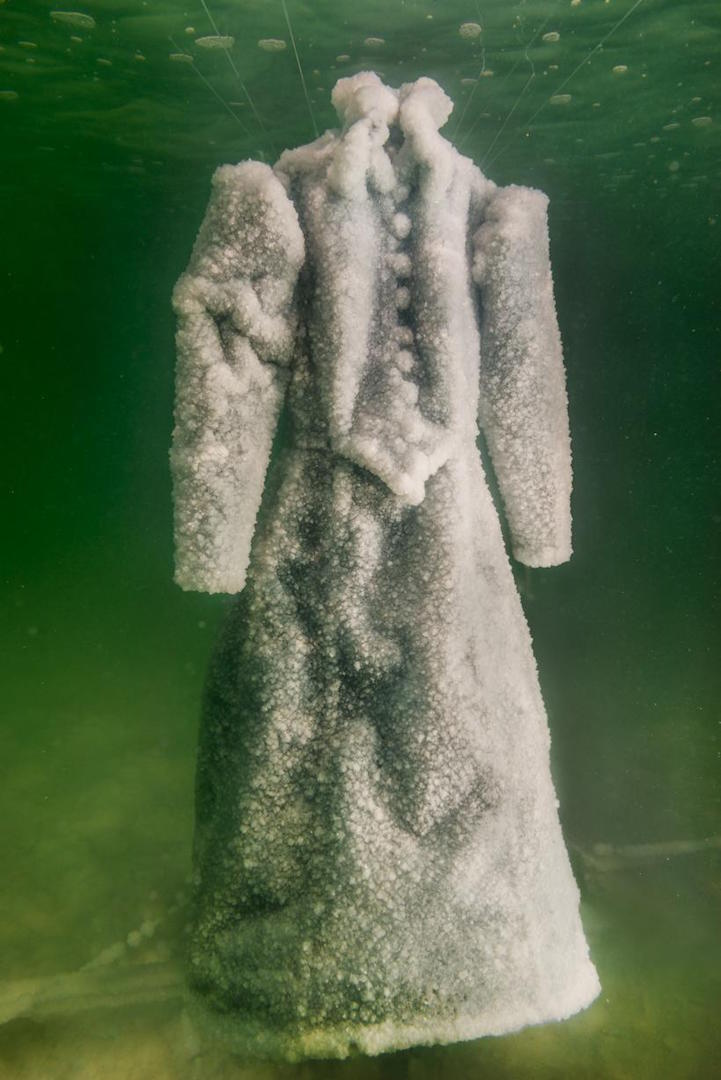 Artist leaves dress in the sea for 2 years