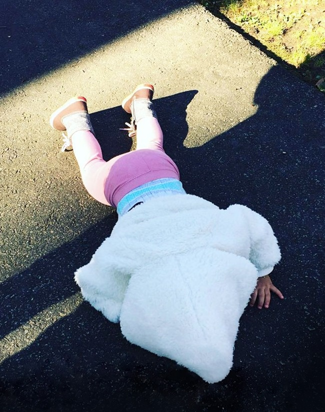 Photos That Perfectly Depict The Hilarious Struggles Of Being A - 20 photos that perfectly depict the hilarious struggles of being a parent