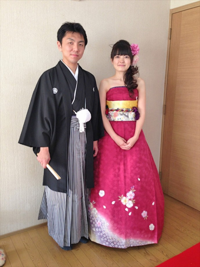 c65f98db67a Japanese Brides Are Turning Their Kimonos Into Amazing Wedding ...