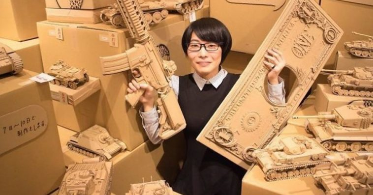 Japanese Artist Creates Incredibly Intricate Cardboard Sculptures Out Of Amazon Boxes